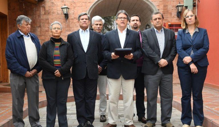 Ante negativa de Ecuador, Chile se ofrece como sede de diálogos con Eln