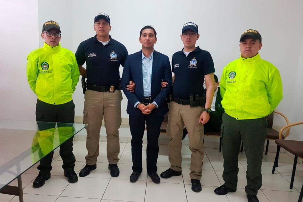 Colombia extradita a EU a exfiscal anticorrupción