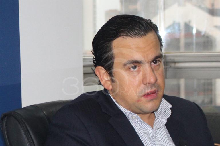 Con tibieza, Fajardo evita preguntas incómodas: Rodrigo Lara