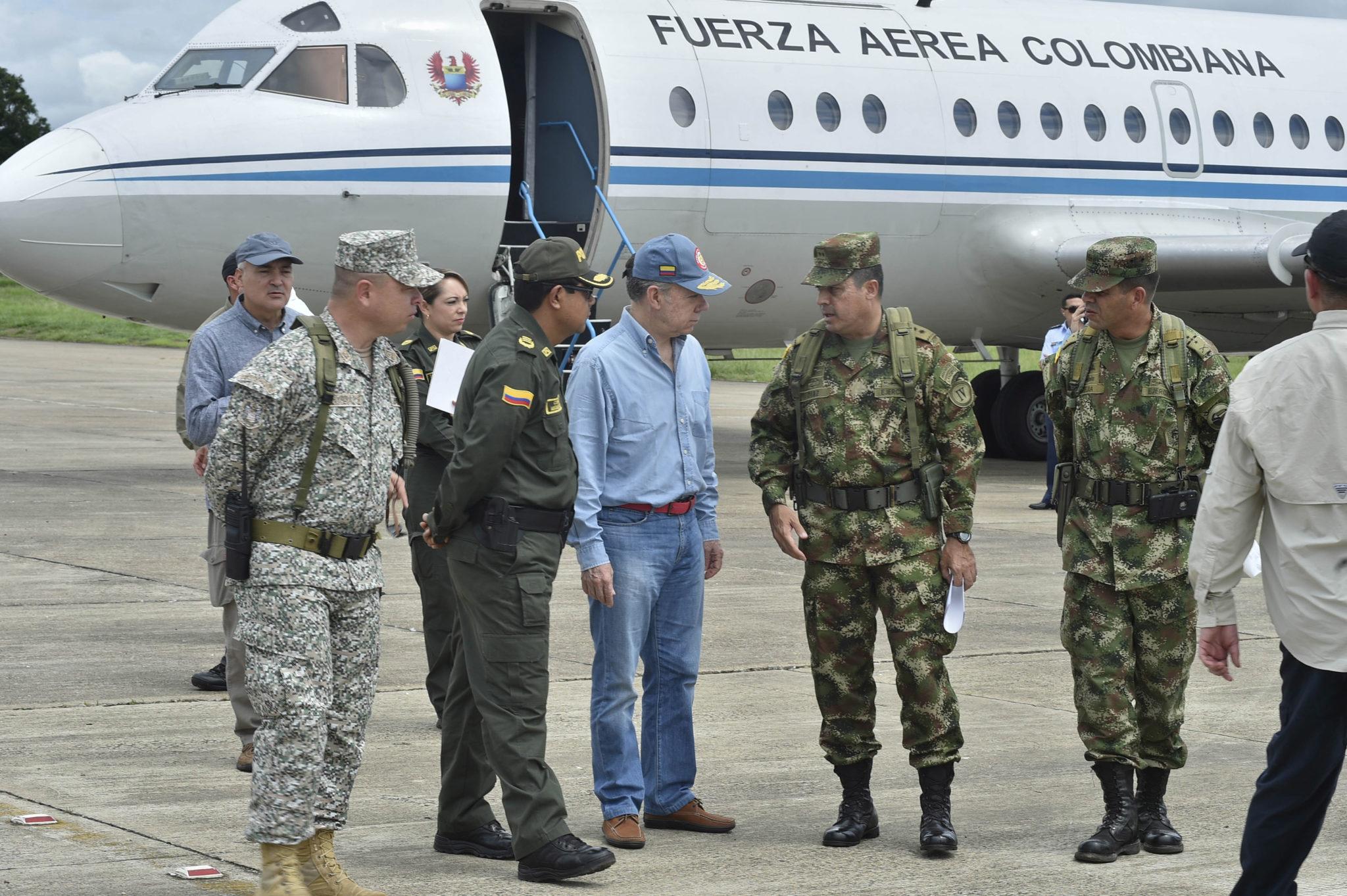 No se dejen politizar: el mensaje de Santos a las Fuerzas Militares