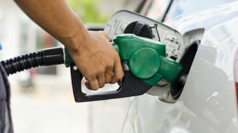 La ecuación del dólar, gasolina y petróleo que no cuadra