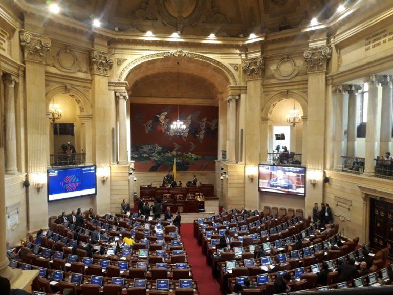 Millonario gasto de la Cámara de Representantes en medallas de condecoración