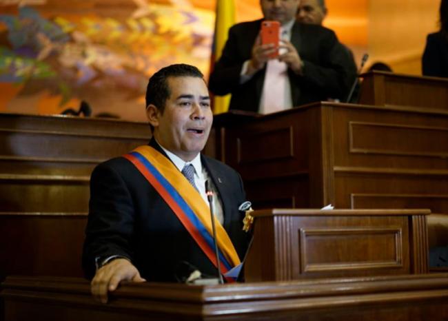 Presidente de la Cámara dice que sí podría haber moción de censura para Carrasquilla