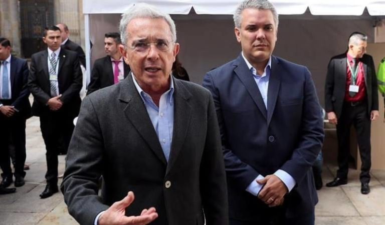 """""""Hay que respetar la autonomía del presidente"""", Uribe sobre gabinete ministerial"""
