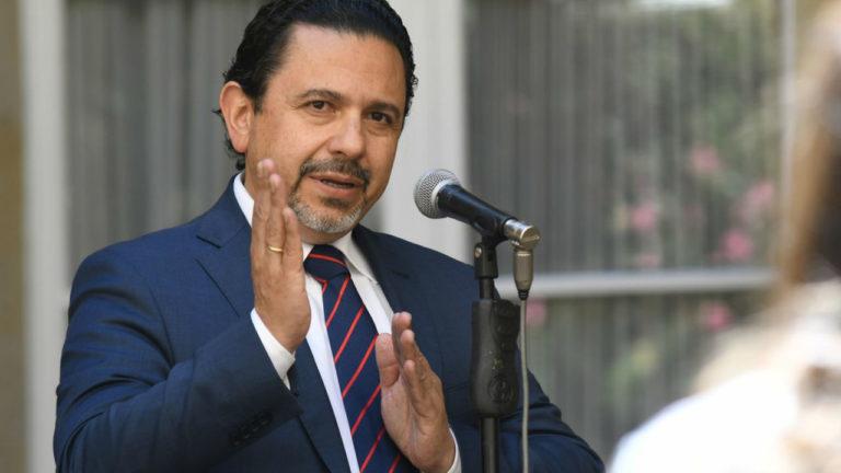 Santos no quiso firmar cese al fuego con el ELN: comisionado de Paz