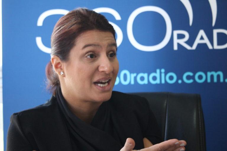Paola Holguín renunció a su precandidatura y apoyará a Óscar Iván Zuluaga