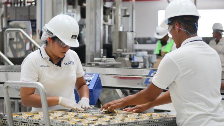 Más empresas se van de Colombia