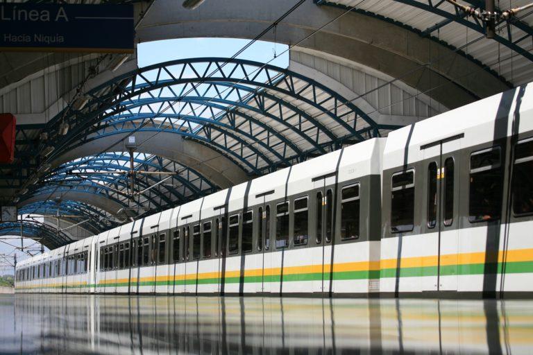 Congresistas antioqueños proponen salvavidas para el metro de Medellín, ante crisis