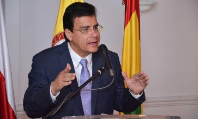 Ramsés Vargas acusado de desfalco a UniAtónoma