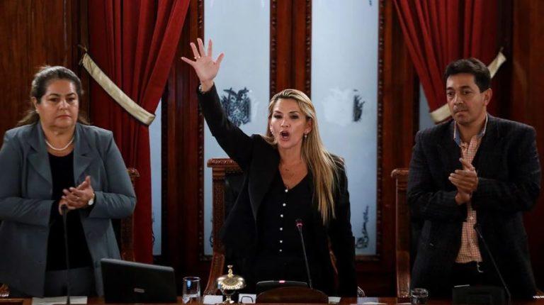 Colombia reconoció a Jeanine Áñez como presidenta interina de Bolivia