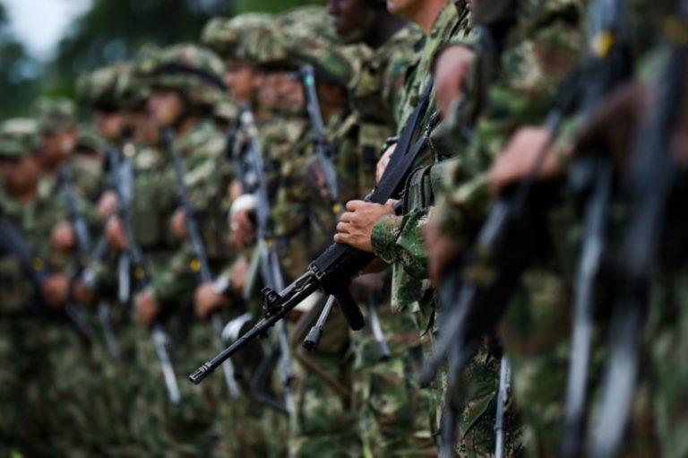 Ejército retiró 11 oficiales investigados por irregularidades