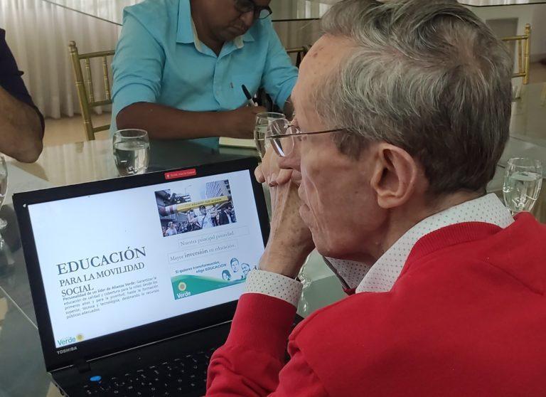 Buscaremos la opción para que Colombia deje de ser gobernada por tradicionales: Navarro Wolff
