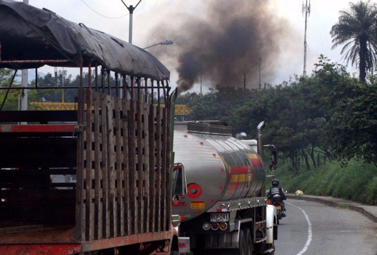 Volquetas y camiones son los que más contaminan en Medellín