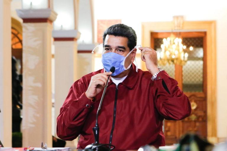 """""""No se me había ocurrido, qué buena idea la de Duque"""", Maduro sobre misiles"""
