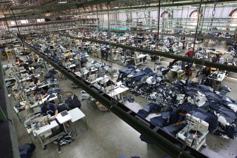Presidente Duque aumentaría aranceles a la importación de textiles