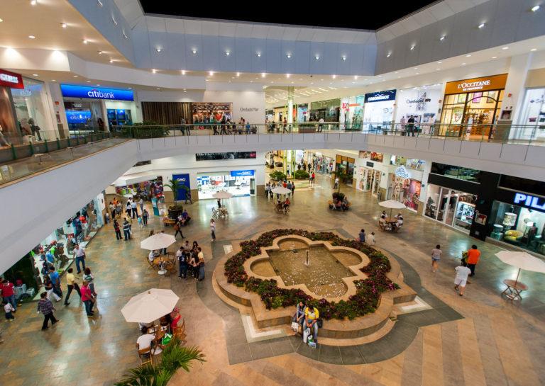 Centros Comerciales podrán abrir con el 30% de su capacidad