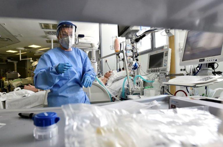 Virus del Covid-19 se envejece y se vuelve 100 veces menos virulento
