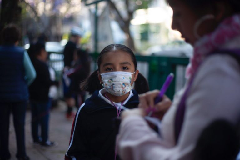 Federación Médica Colombiana rechaza regreso a clases presenciales