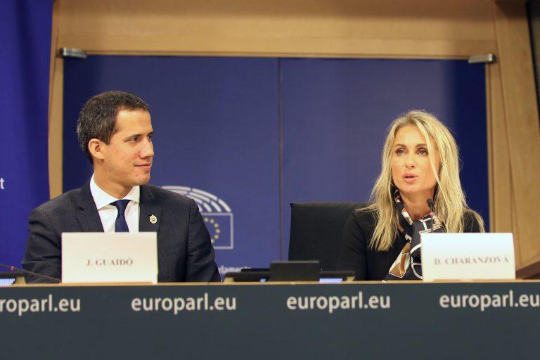 Parlamento Europeo confirma que no apoya a Maduro y pide más sanciones