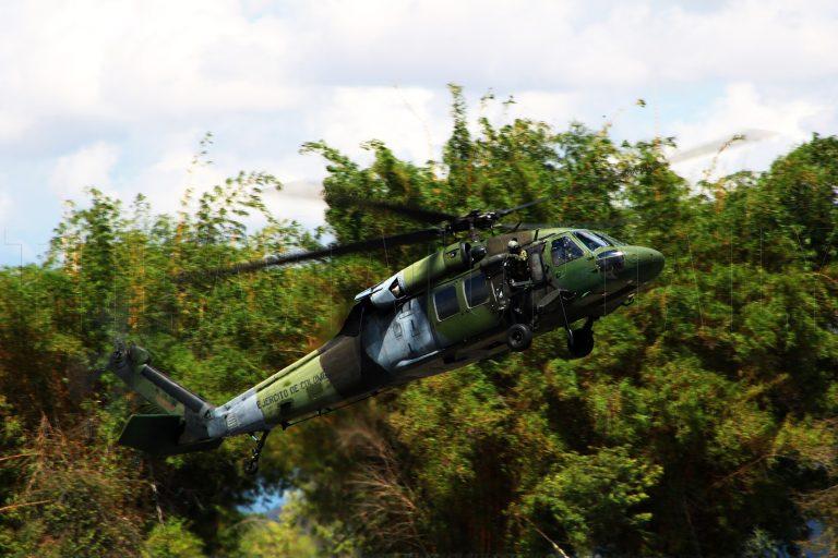 Autoridades buscan Helicóptero UH-60 Black Hawk del Ejército colombiano