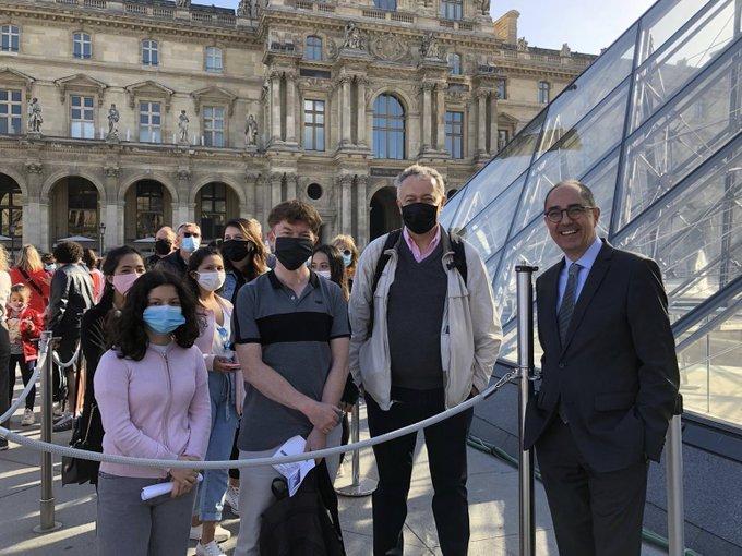 El Museo del Louvre en París reabre sus puertas, con capacidad reducida y  protocolos de bioseguridad