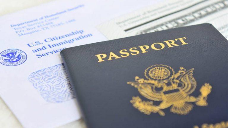 EE. UU no revocará visa de estudiantes que deban estudiar en línea