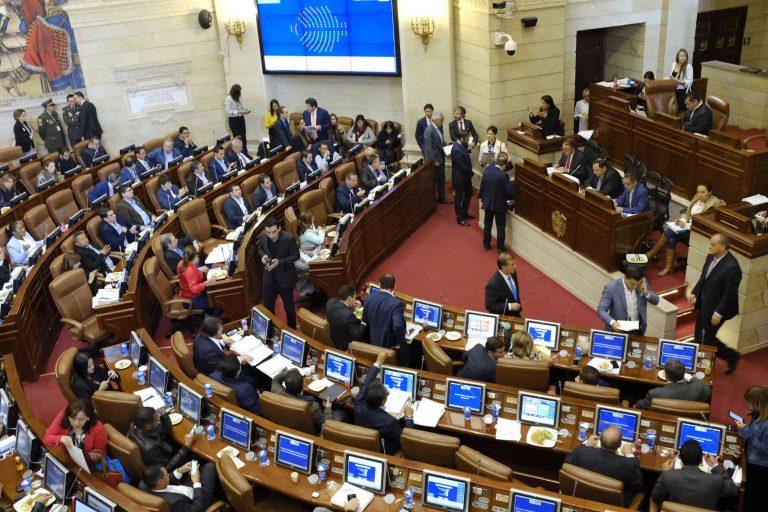 Senado volverá a sesiones presenciales después de 255 días en la virtualidad