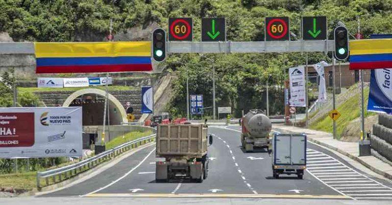 Gobierno levantó las restricciones para movilizar carga en el país