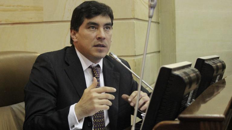 Álvaro Prada no podrá aportar más pruebas a su caso: Corte negó tutela