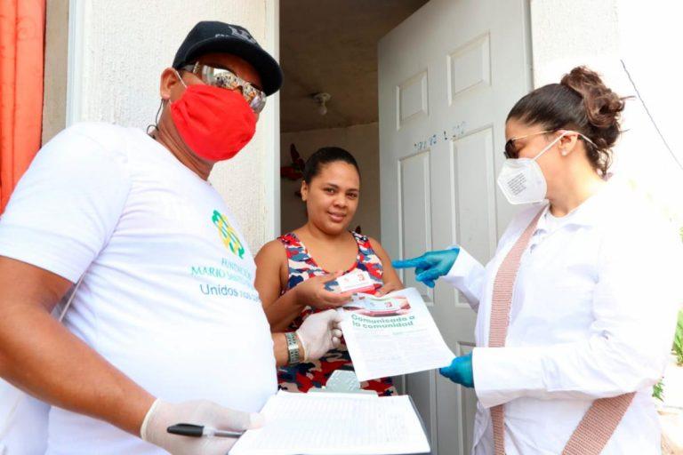 Fundación Santo Domingo dona 10.000 tarjetas de mercados a familias en Medellín