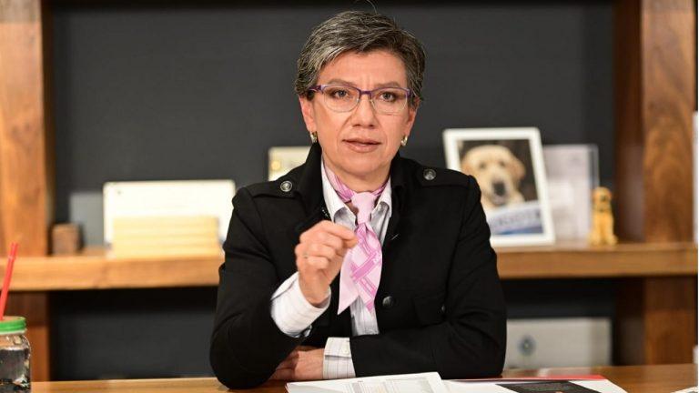 Claudia López pidió al Concejo de Bogotá recursos para salvar a TransMilenio