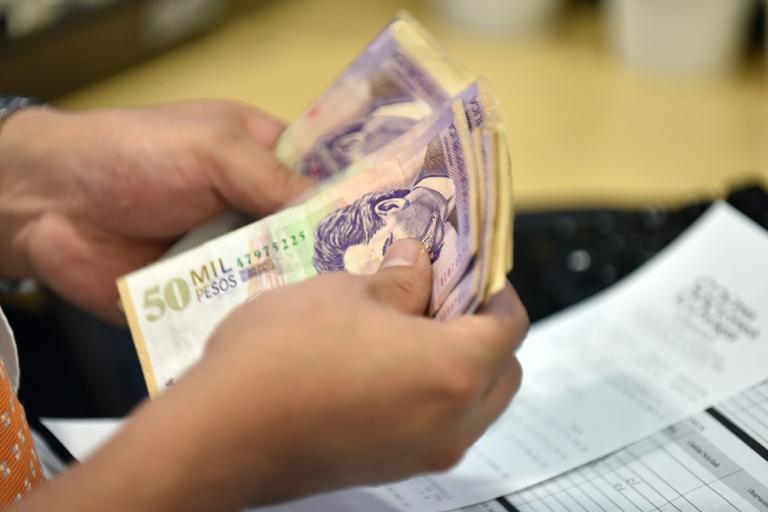 En marzo cayeron en 7,1 % las utilidades de los bancos