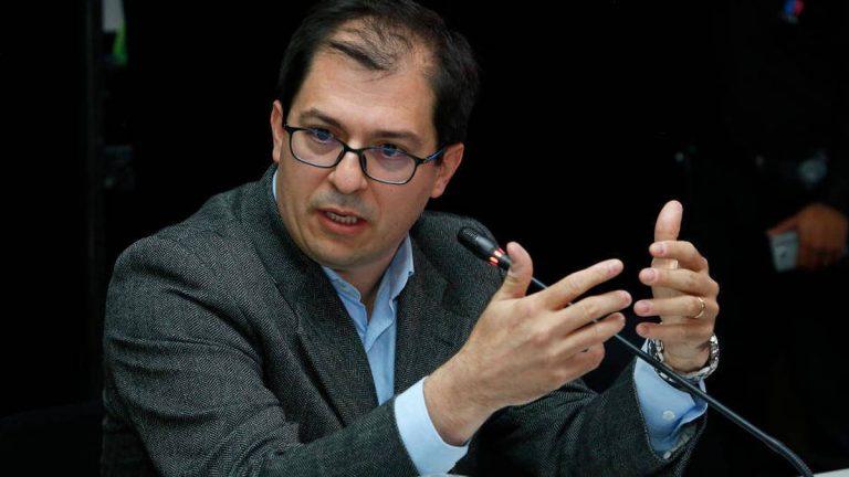 JEP citó al Fiscal Barbosa y tres ministros por asesinatos de excombatientes