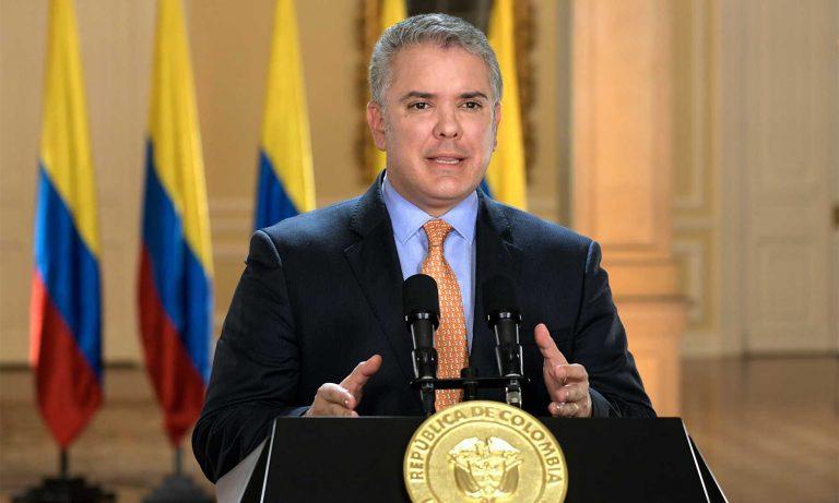 Presidente pide sanciones por supuesto adoctrinamiento de niños en Medellín
