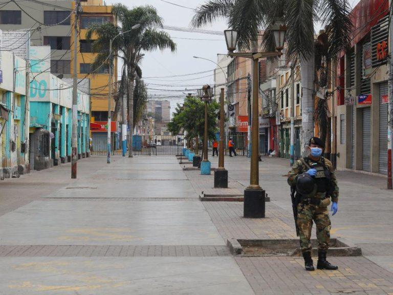 Ante el aumento de covid, Perú regresa al confinamiento focalizado