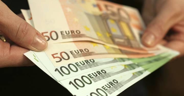 La UE propone plan para impulsar el Euro como moneda global