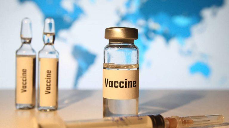 Invima autorizó vacunar a jóvenes de 12 años en adelante con biológico de Pfizer