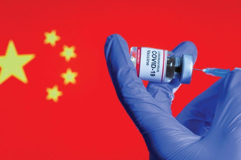 CoronaVac, la vacuna china que llegará a Colombia, es menos efectiva de lo prometido, según estudios
