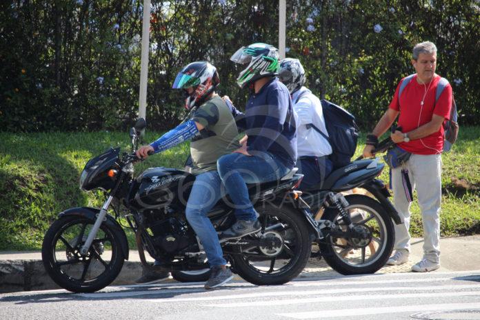 Este es el momento para que las motos paguen peaje