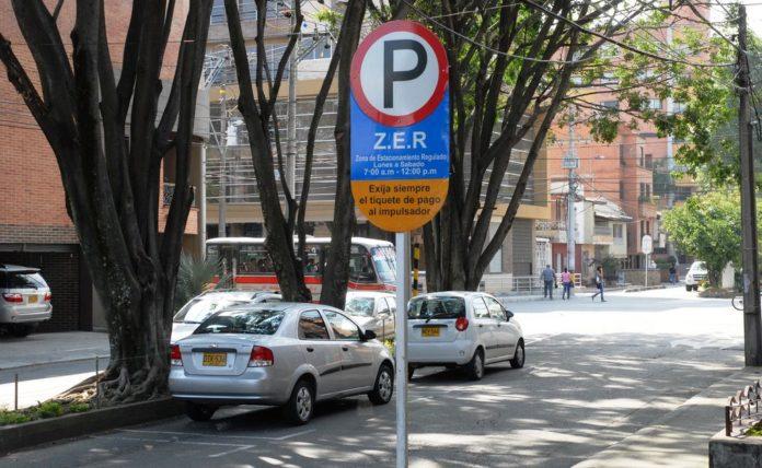 ¿Por qué Bogotá no implementa los parquímetros?