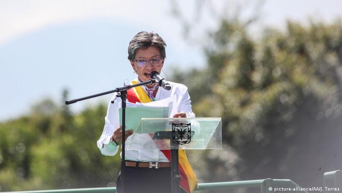 Retiran movimiento de revocatoria contra la alcaldesa Claudia López