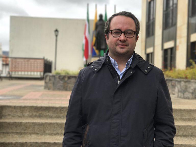 """""""Esta reforma tributaria lleva a acabar 40 exenciones adicionales"""", Ciro Ramírez en 360"""