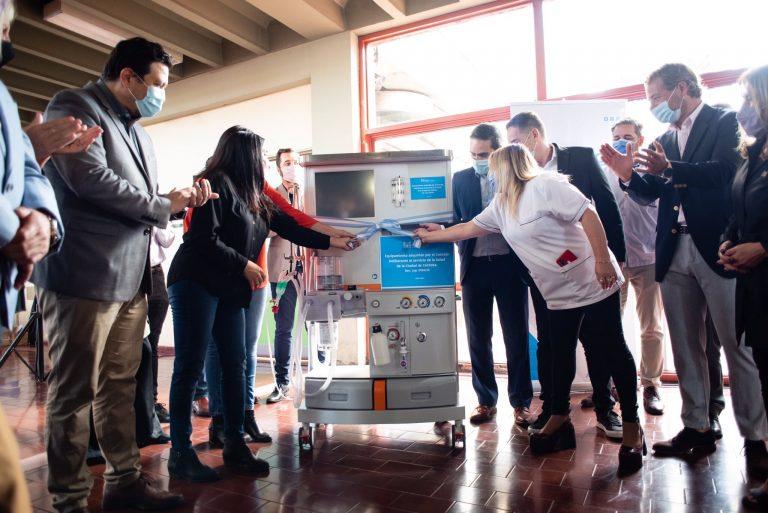 Políticos argentinos donaron su sueldo para pagar insumos médicos