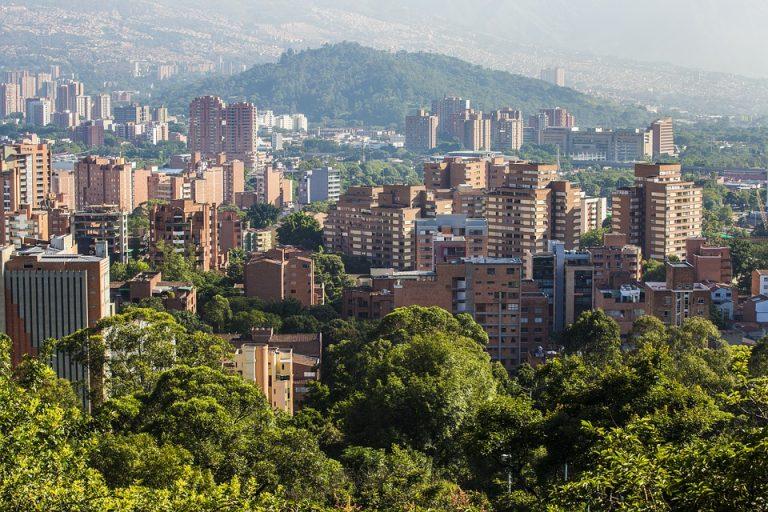 Nuevas medidas: Toque de queda por la Vida en Antioquia