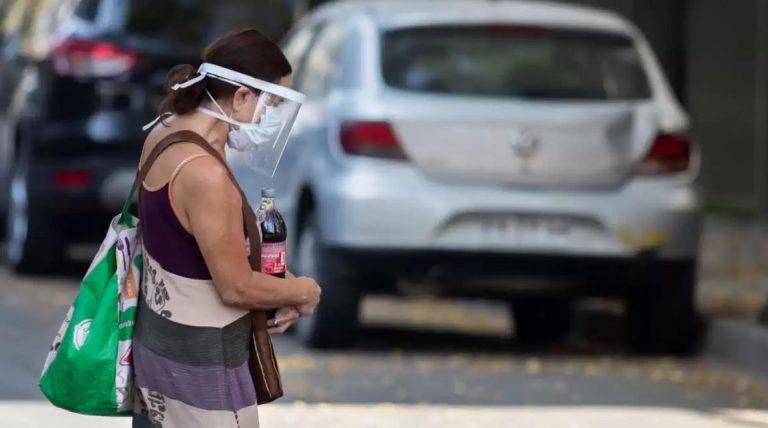 Chile anunció restricciones para la vacuna de AstraZeneca
