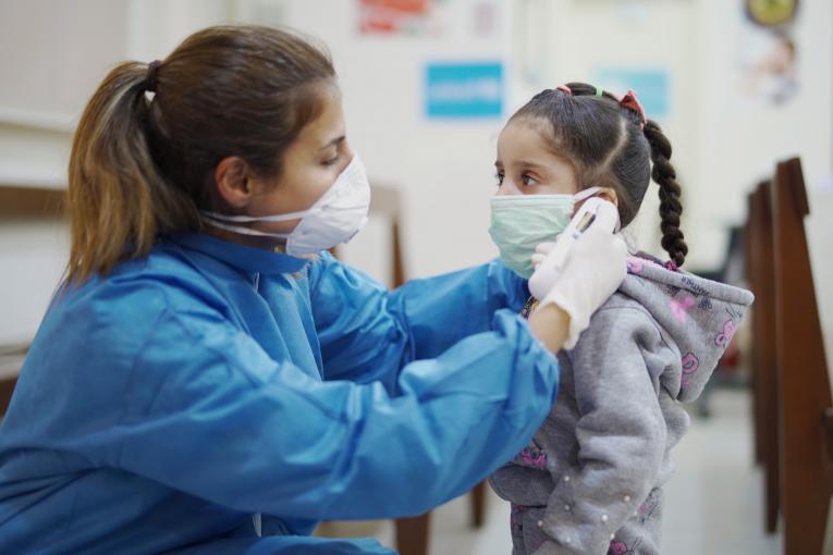 Más de 70 niños en Colombia están en UCI por COVID-19