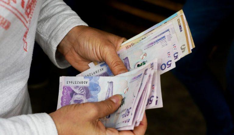 Empresarios, a pagar primas en medio de crisis económica