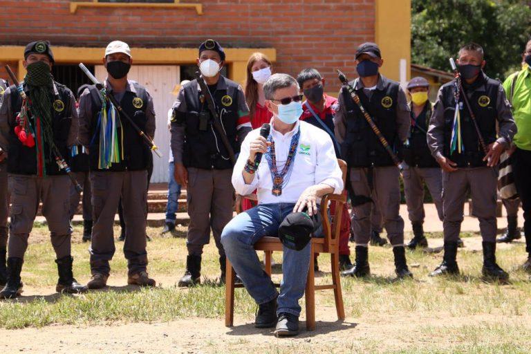 Gobernación de Antioquia, VIVA y la Minga Indígena avanzan en materia en vivienda