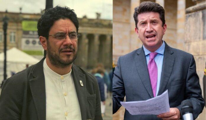 """Cepeda denunció al ministro Molano por """"silencio"""" frente a civiles armados"""