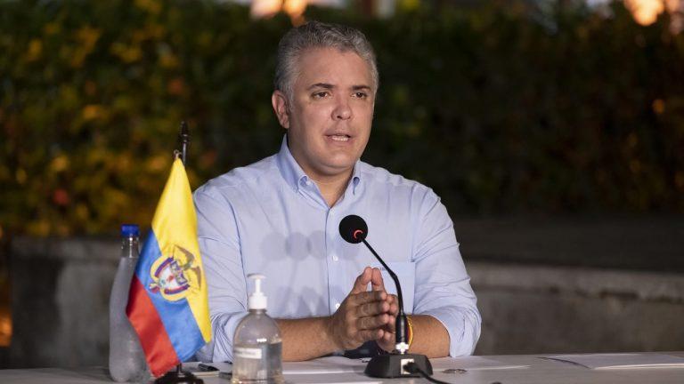 Sin bloqueos, economía de Colombia habría crecido 20% en segundo trimestre: Duque